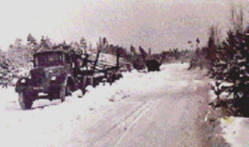67 Транспортировка леса по лёддороге . 1943 год