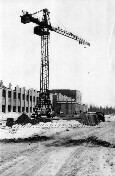 9 Прокатный стан завода «Камкабель». Строительство бытовок.