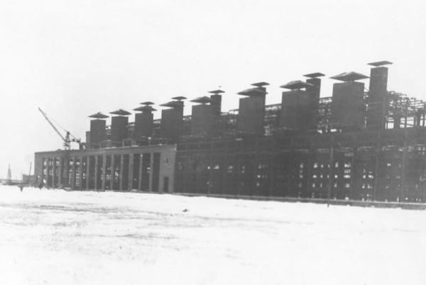 7 Строительство первой очереди завода. Цех N 1. (сейчас ОАО «Серовский завод ферросплавов» )