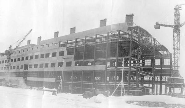 14 1960 год. Строительство цеха N 2 (сейчас ОАО «Серовский завод ферросплавов» )