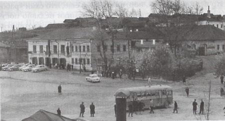 7 Площадь Старотрубного завода. Советское время