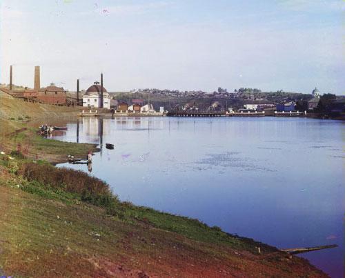 4 Каменский заводской пруд. Цеха завода и плотина