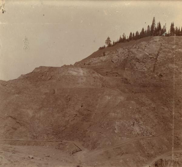 18 С. М. Прокудин-Горский. На Демидовском руднике после взрыва
