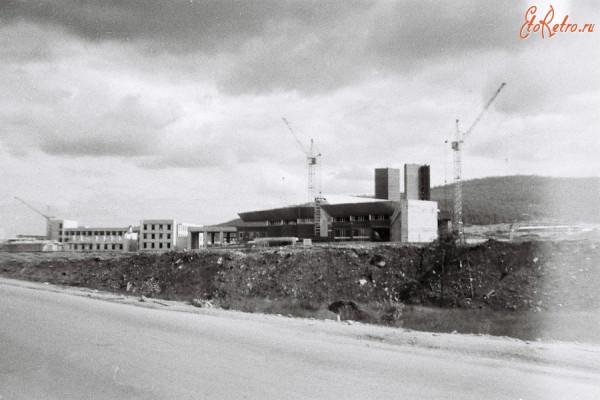 8 Строящийся Железнодорожный вокзал 1984 г.