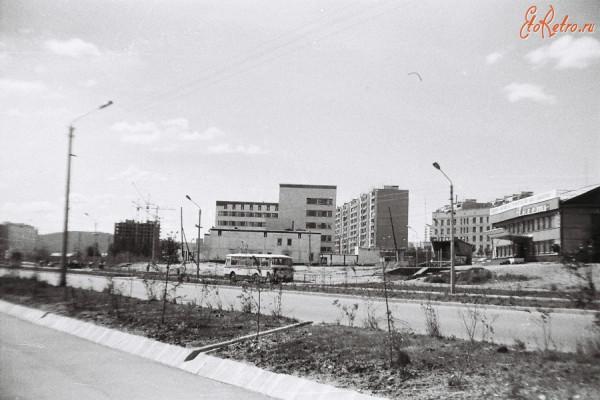 9 Здание Управления БАМа на ул.Красная Пресня. 1984 г.