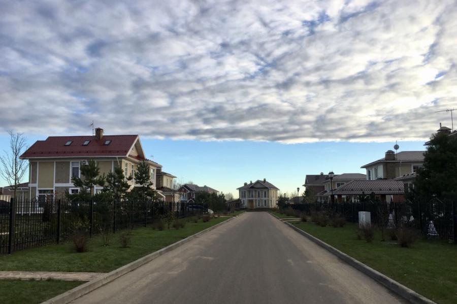 Кому доступен западный образ жизни в России