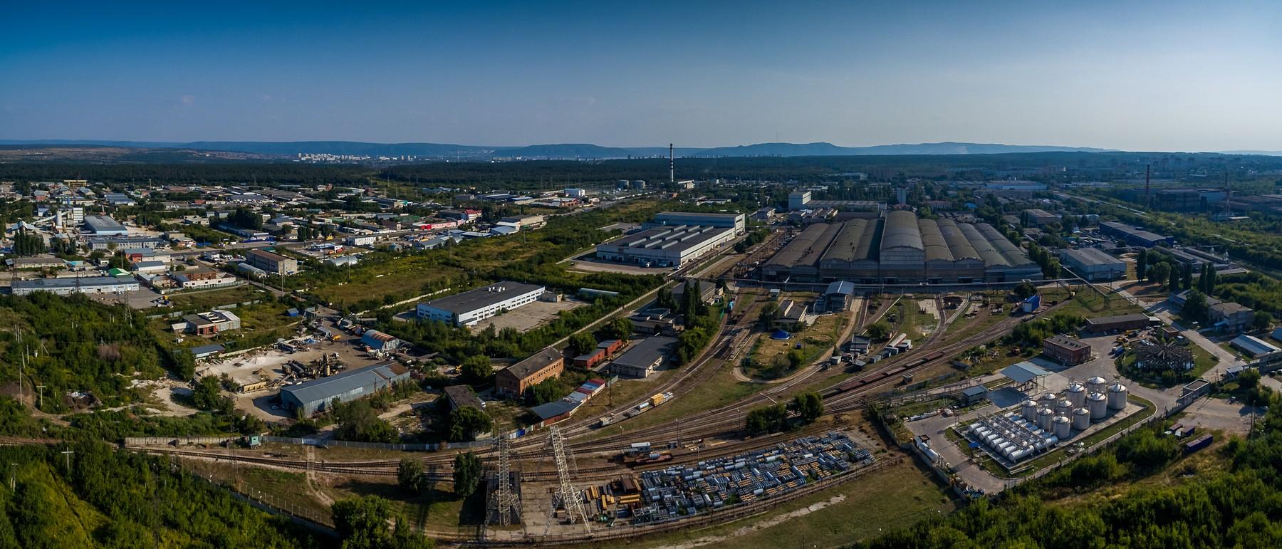 Тольятти с высоты. Промзона Центрального района. Август 2017.