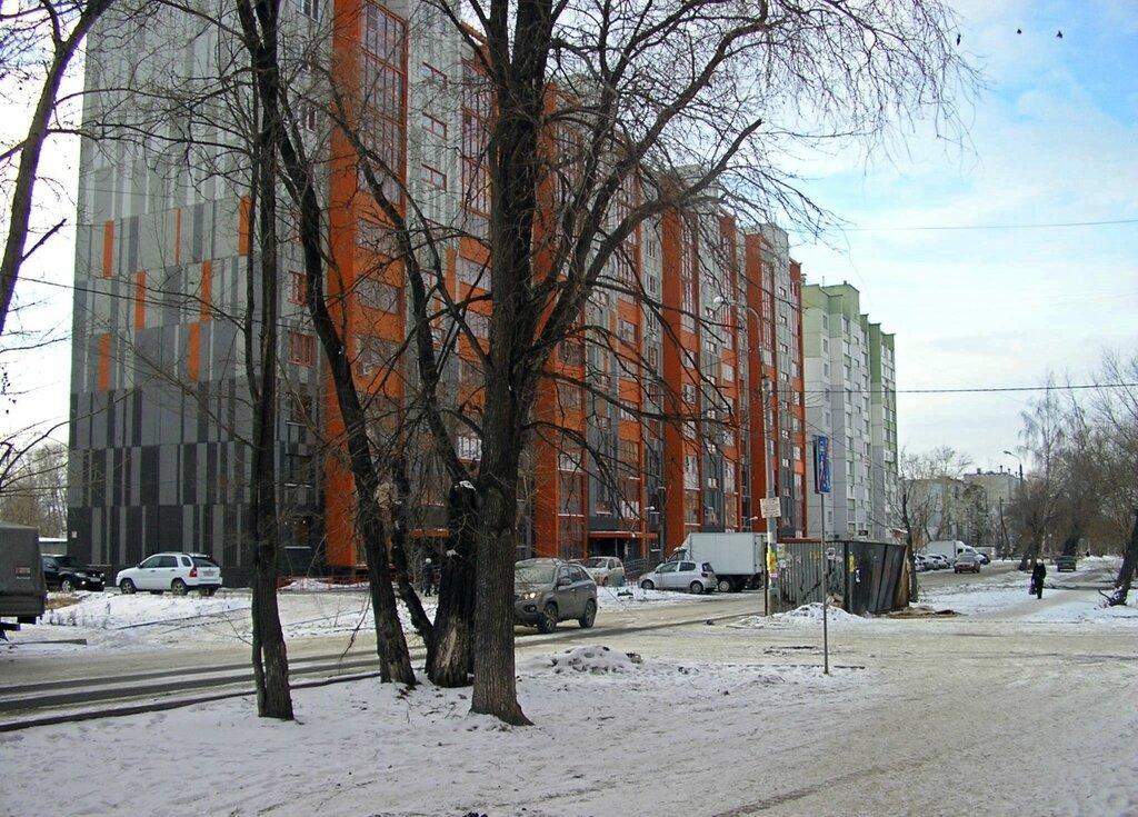 Ленинский, Суркова, 5-7