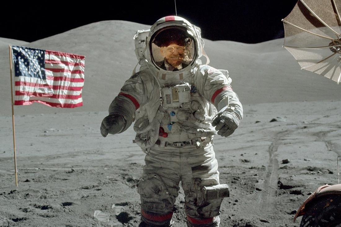Трамп возвращает Америку на Луну