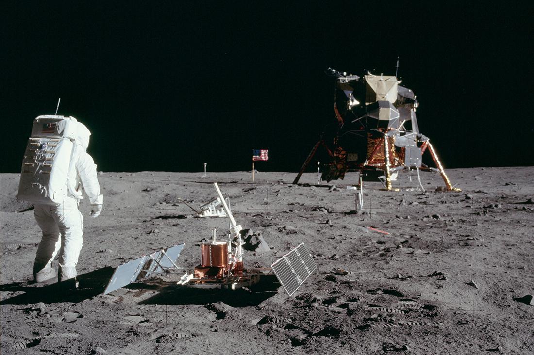 Люди на Луне. Источники