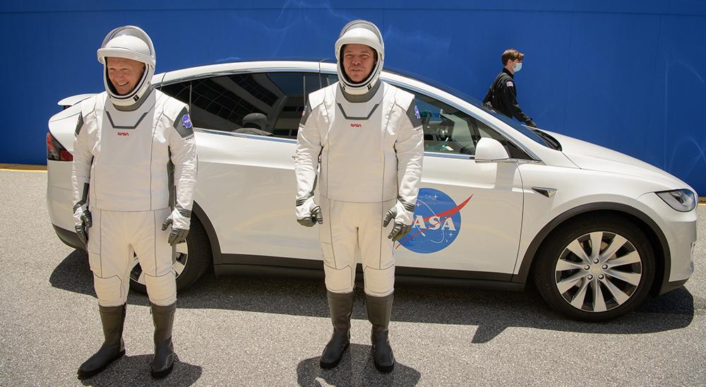 Американцы летят в космос со своего батута