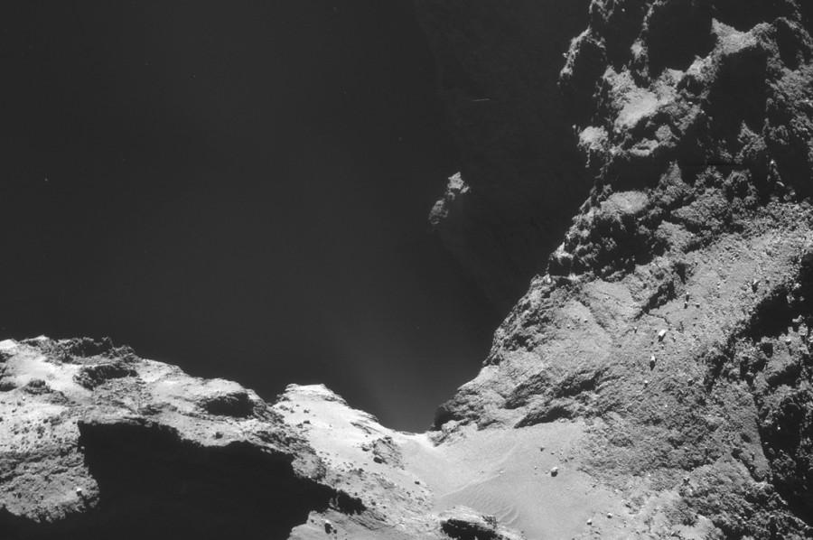 ESA_Rosetta_NAVCAM_141018