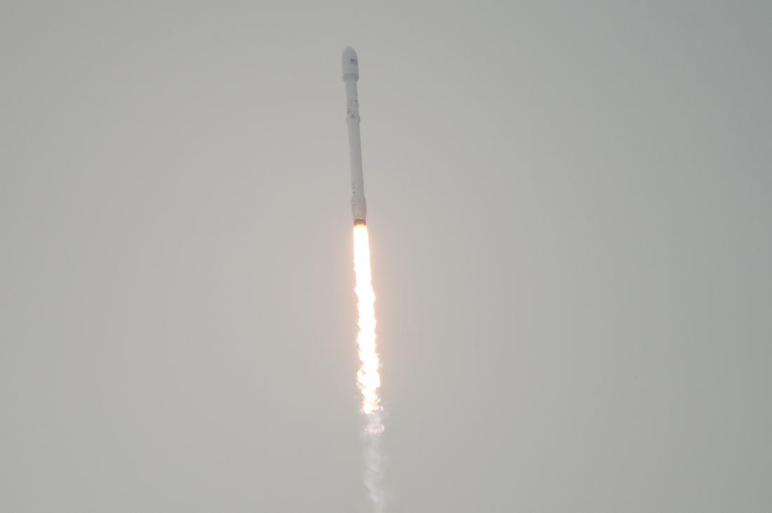 SpaceX снова разбил ракету о баржу