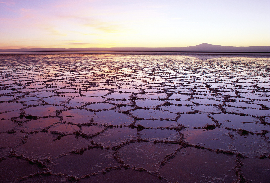 salt_lake_in_chile-wide