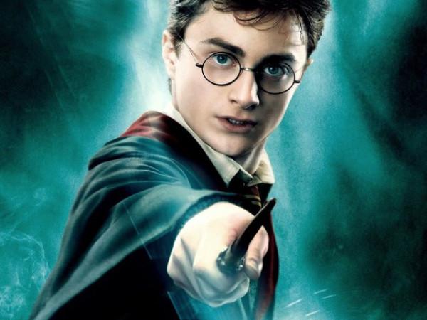 Вышла 8-ая книга о Гарри Поттере, всемирная поттермания продолжается