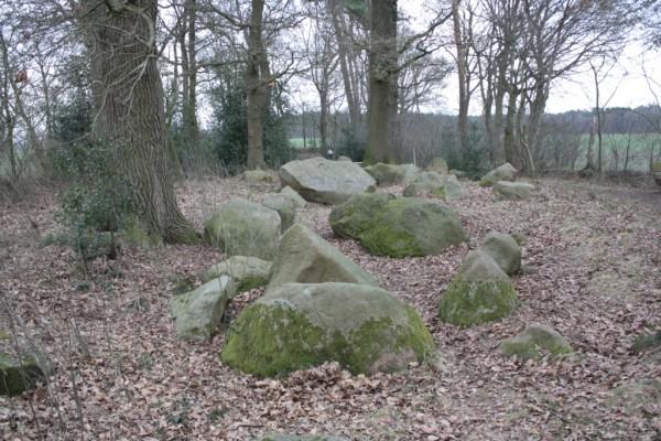 Steingrab Hatten 2