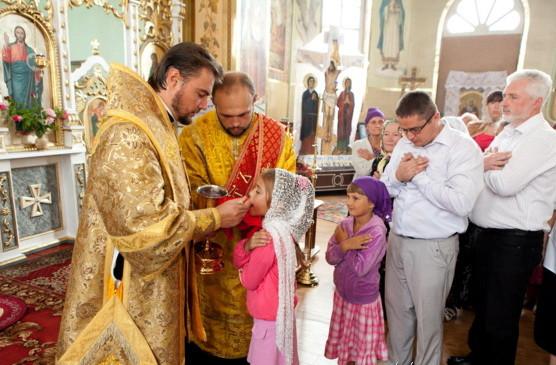 Osvjawenie_Ilinskogo_hrama_arhiepiskop_Aleksandr_i_episkop_Ilarij_42