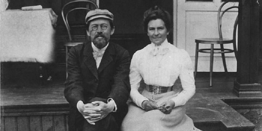 Чехов с супругой