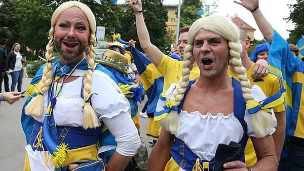 В чувственном единении: Украинские националисты и гомосексуалисты провели совместный митинг