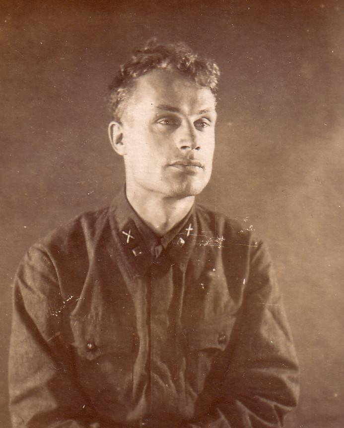дед Александр Иванович Шутиков