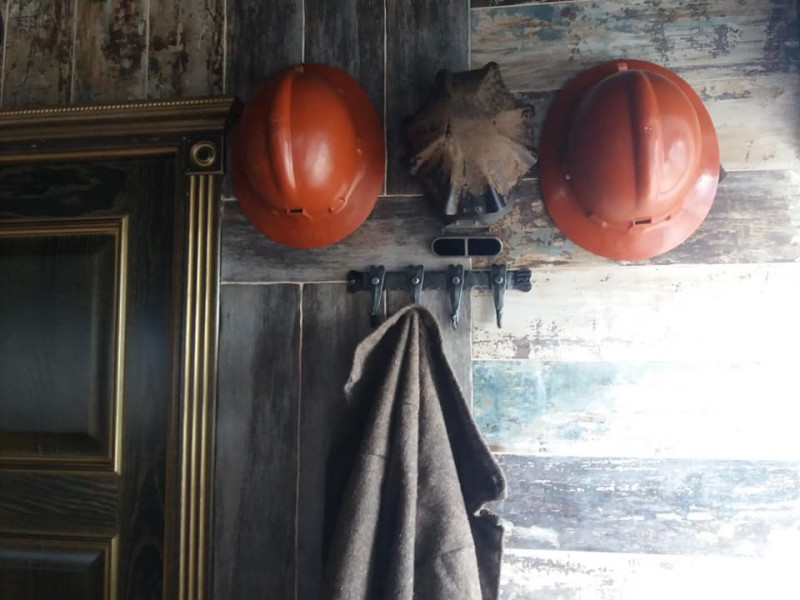Что можно сделать из заброшенного старинного здания