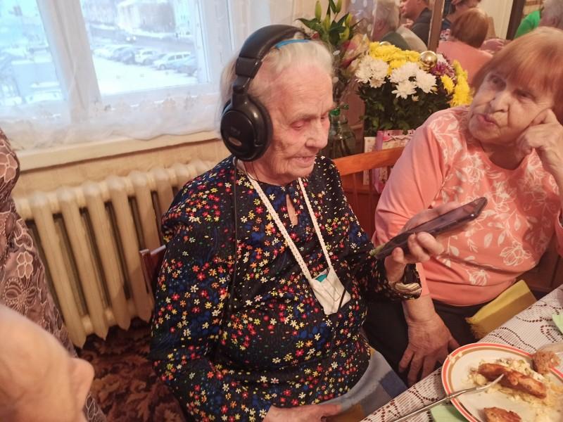 Прабабушке 100 лет!