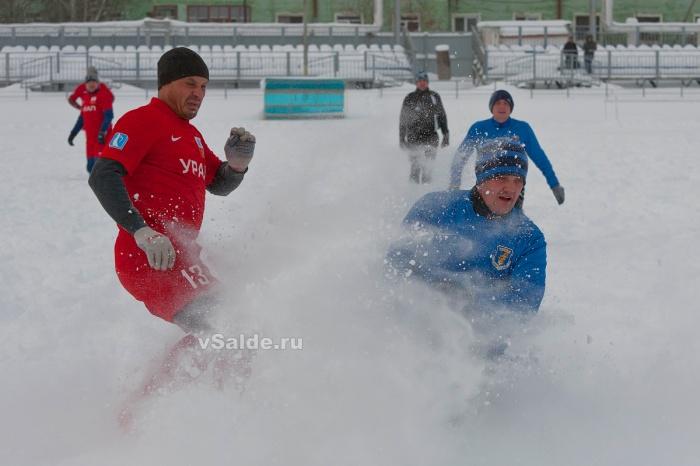 1414404252_futbol-zimoy-6-vsalderu