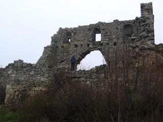 Развалины цитадели на Мангупе
