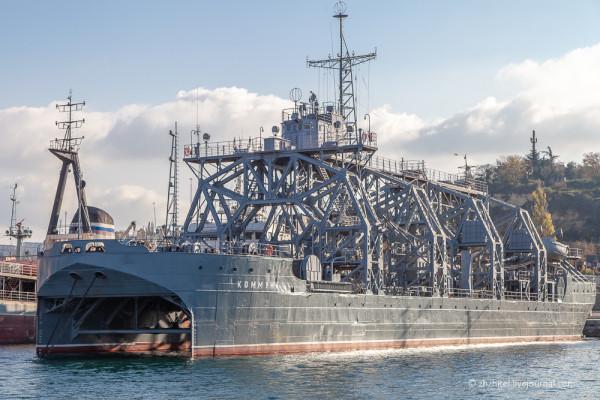 Коммуна: самое старое судно ВМФ России