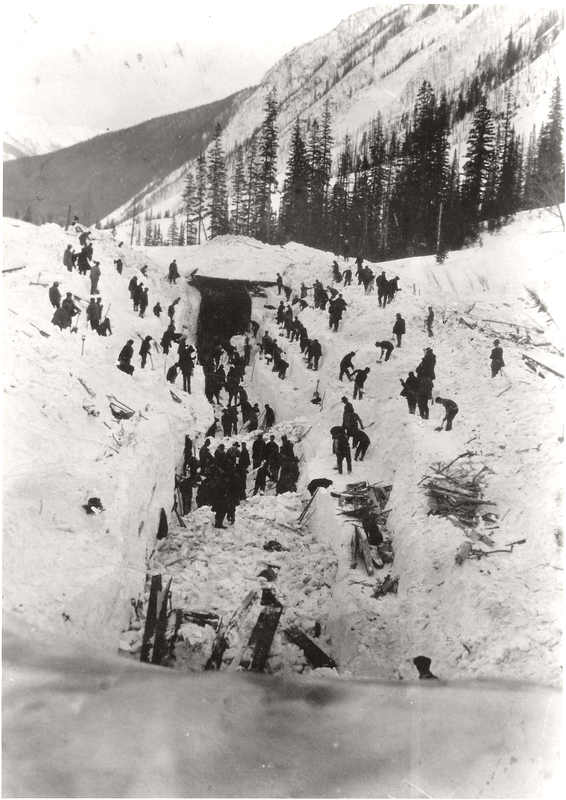 1910Rogers_Pass_avalanche