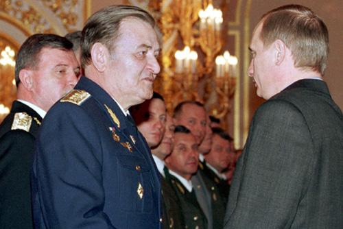 Vladimir_Putin_with_Anatoly_Kornukov-1