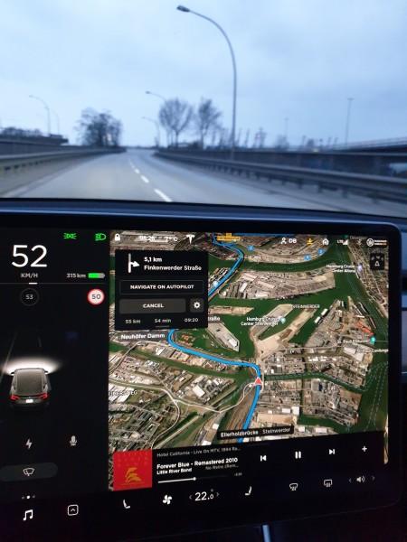 Tesla Model 3 Обзор