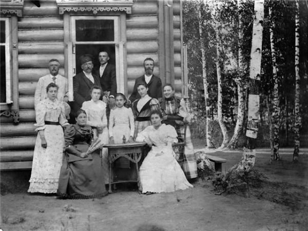 Семья Тюляевых. Дача Бахрушиных в Тарасовке