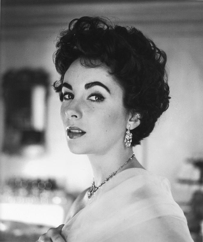 Elizabeth Teylor, 1954