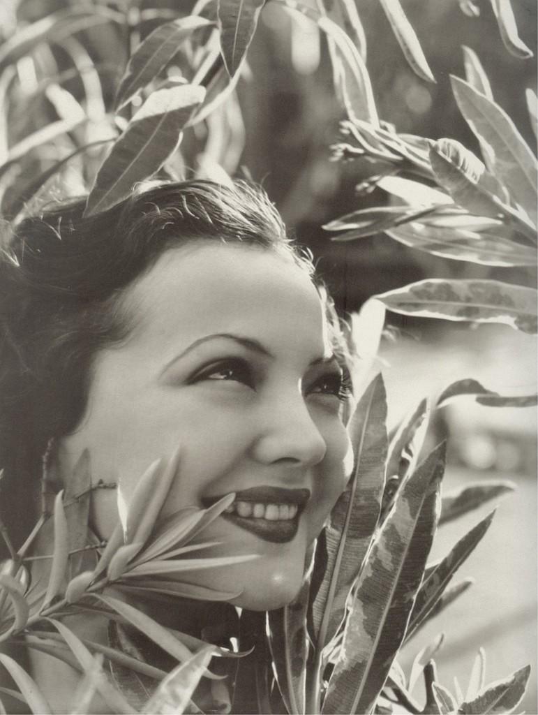Sylvia Sidney 1932