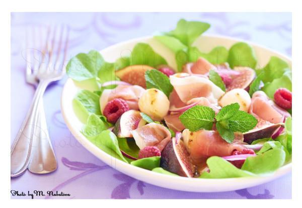 салат с инжиром.jpg