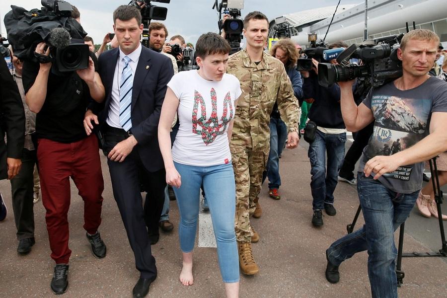 Встреча Савченко в аэропорту(С)