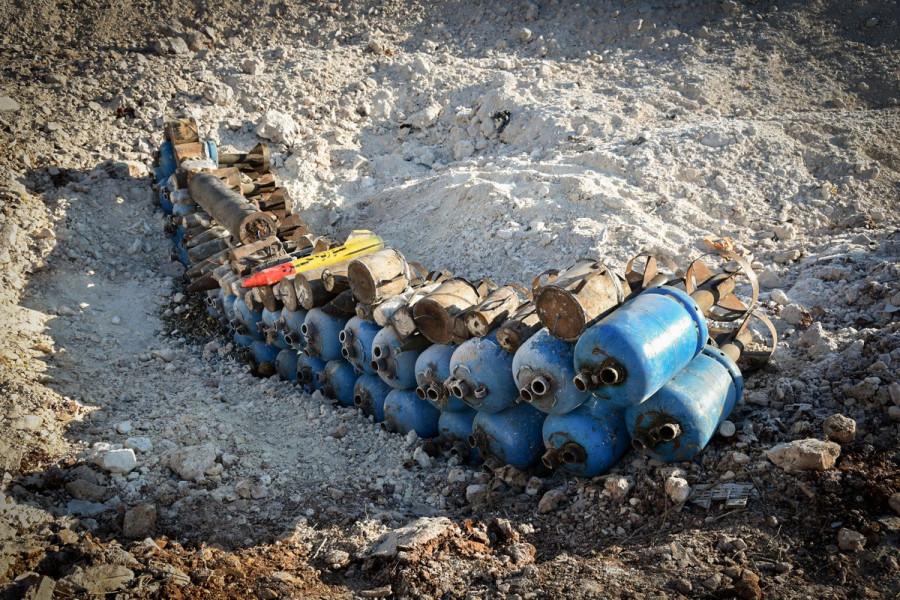 Приготовленные к ликвидации методом подрыва боеприпасы (с) МО РФ