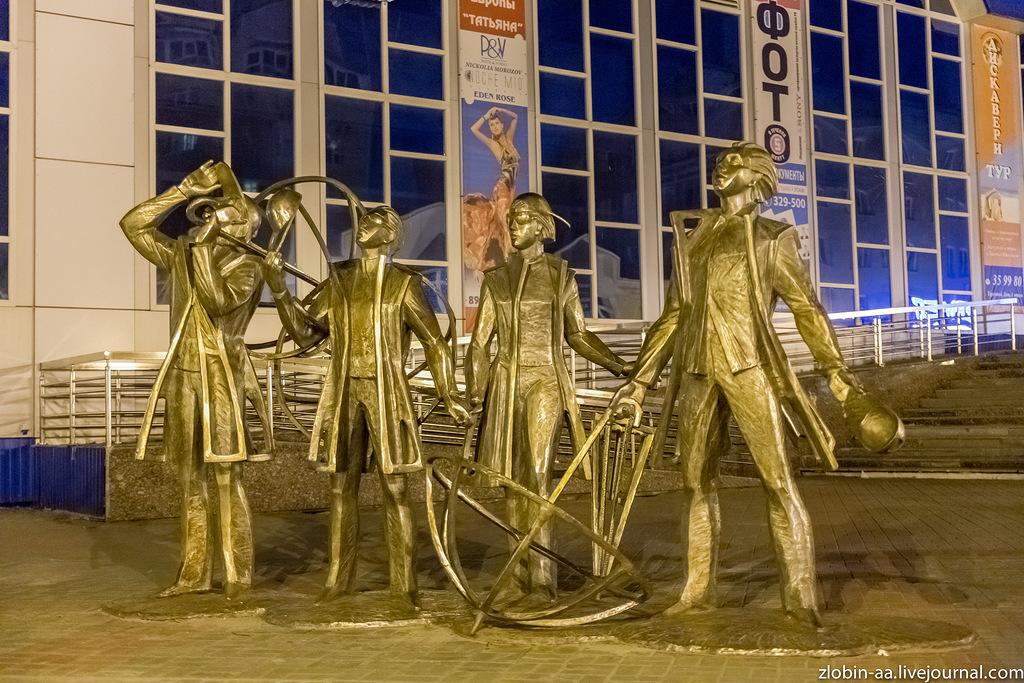 Ханты-Мансийск. Ночь.