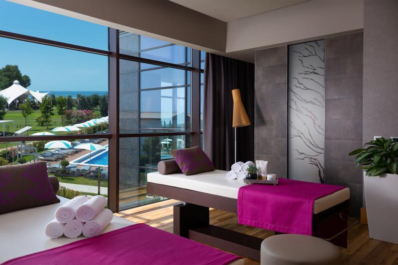 На фото spa-центр в одном из самых фешенебельных отелей 5 звезд на курорте Сочи