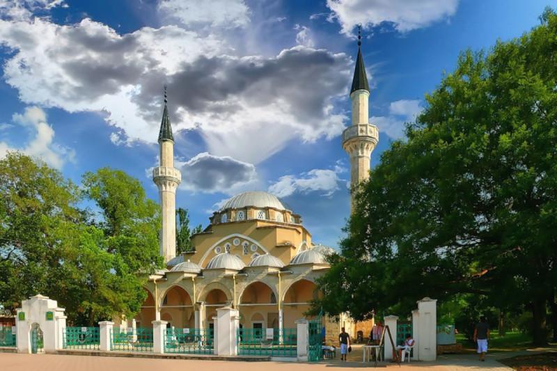 на фото 12-ти купольная мечеть Хан Джами, архитектор Синан - легенда восточной архитектуры времен расцвета Османской Империи!