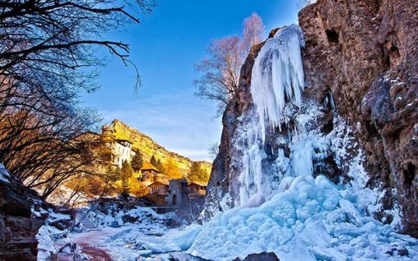 Медовые водопады...