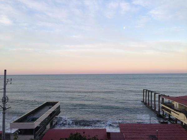 Рано утром на море