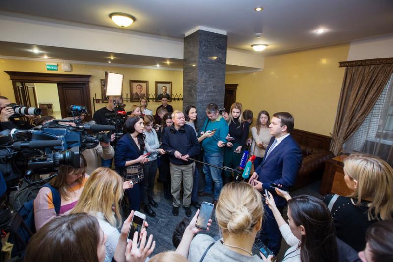 Пресс-подход министра экономического развития Максима Орешкина