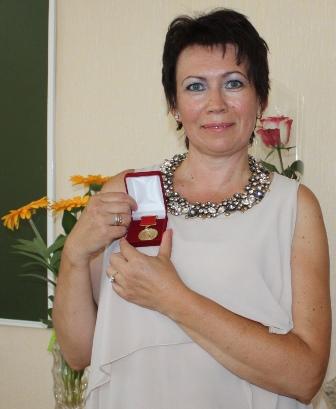 IMG_3331 Яна с медалью-336