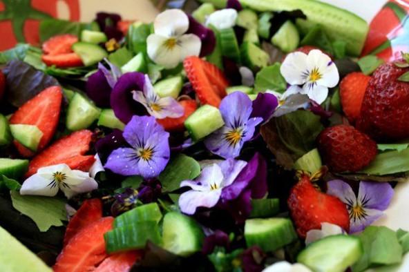 Доброе утро! Сегодня на завтрак цветы ...