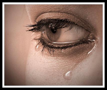 Подавлением сочувствия мы губим собственную психику