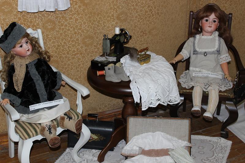 Выставка игрушек и кукол