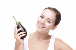 Два способа приготовления полезной зубной пасты