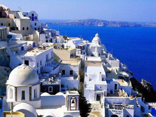 Тира, Греция